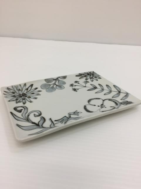 【レディース】食器・インテリア 陶芸作家 内村七生さんの作品多数入荷。