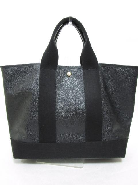 【バッグ】デザインも機能も多彩なバッグそろっています